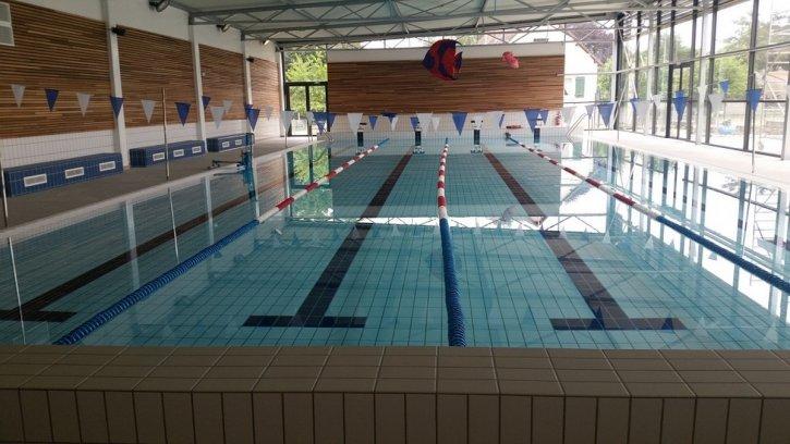 Piscine orleans les bassins dcouverts de luagglo duorlans for Chauffage piscine olympique